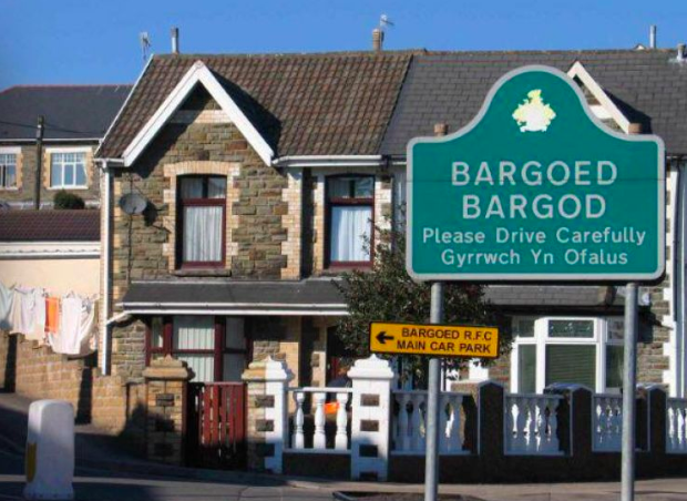 Taclus Confidential has customers in Bargoed
